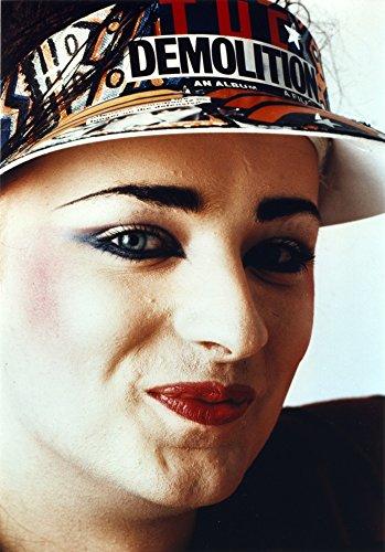 The Poster Corp Boy George Woman's Smiling Wearing Sun Visor Cap Close Up Portrait Photo Print (20,32 x 25,40 cm)