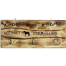 Galgo de Escocia, Una clavija de pared de madera, percha con la imagen de un perro