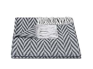 zollner tagesdecke kuscheldecke plaid wolldecke wohndecke mit fransen 130x170 cm grau. Black Bedroom Furniture Sets. Home Design Ideas