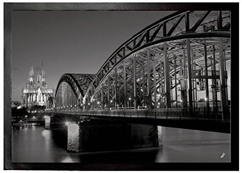 1art1 94547 Köln – Hohenzollernbrücke Und Kölner Dom Bei Nacht S/W Fußmatte Türmatte 70 x 50 cm