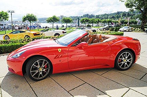 Geschenkgutschein: Ferrari selber fahren in Österreich (30 Min.)