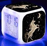 7 LED que cambia el reloj despertador digital Termómetro de escritorio Noche Cubo resplandeciente Reloj LCD, decoración casera El mejor regalo para los niños Cumpleaños, Navidad o festivales (007)