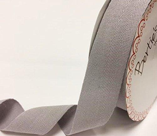 Bertie 's Bows 40mm silber grau Baumwolle Herringbone Tape/Gurtband auf einem 4m Länge (Bitte beachten Sie: Dies ist ein aus einer Rolle geschnitten, auf eine Bertie 's Bows-Karte) (Herringbone-band)