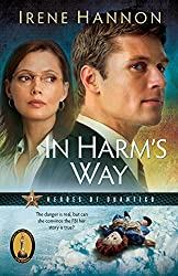 In Harm's Way (Heroes of Quantico Book #3): Volume 3