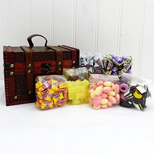 Dulces dulces sorpresa en un cofre de madera - regalo perfecto para su cumpleaños, para una buena recuperación, como un agradecimiento