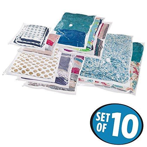 mDesign Juego de 10 bolsas al vacío para ropa, varios tamaños – Bolsas para guardar ropa al vacío en armarios, cajones y cómodas – Bolsas ahorra espacio de plástico y de uso sencillo – transparente