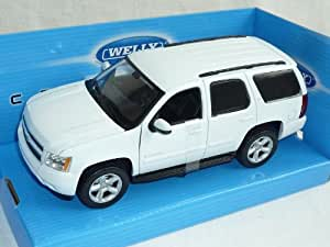 chevrolet chevy tahoe weiss 2008 suv 1 24 welly modellauto. Black Bedroom Furniture Sets. Home Design Ideas