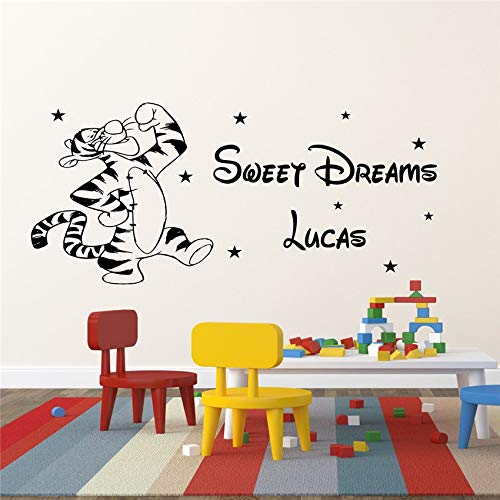 zqyjhkou Winnie The Pooh Kinderzimmer Wandaufkleber Tigger Baby Schlafzimmer Abziehbilder Pesonalised Name Wandaufkleber Removable Wall Vinyl Aufkleber D181 58 x 26 cm (The Pooh Halloween Tigger Winnie)