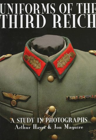 Uniforms of the Third Reich: A Study in Photographs (Schiffer Military History) Usa Uniform