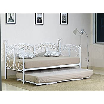 Elegant French Metal Versailles Single Day Bed With Pull