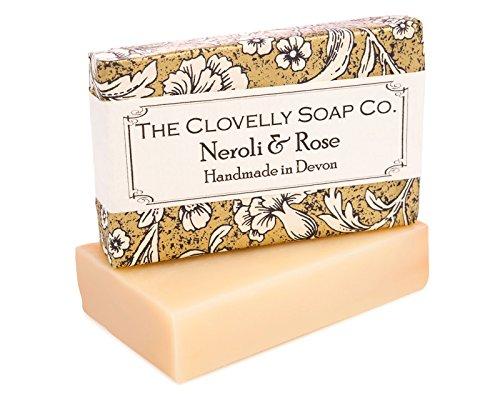 Clovelly Soap   Naturseife aus Neroli und Rose  Alle Hauttypen   Packung 3 x 100g   Im Vereigniten Königreich mit 100% Naturprodukten handgefertigt  Sanft und natürlich feuchtigkeitsspendend - Duftende Rose Soap