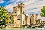 Posterlounge Lienzo 150 x 100 cm: The Scaliger Castle in Sirmione, Italy de Editors Choice - Cuadro Terminado, Cuadro sobre Bastidor, lámina terminada sobre Lienzo auténtico, impresión en Lienzo