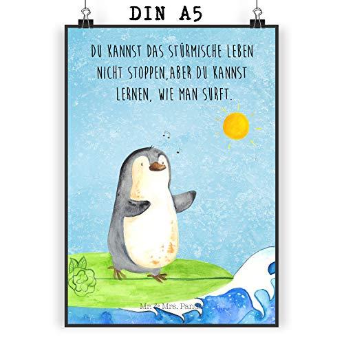 Mr. & Mrs. Panda Poster DIN A5 Pinguin Surfer - Pinguin, Pinguine, surfen, Surfer, Hawaii, Urlaub, Wellen, Wellen reiten, Portugal, Poster, Wandposter, Bild, Wanddeko, Geschenk