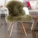 Vendôme Premium Lammfell Schaffell 95cm, ökologisch gegerbt, Flauschiger Teppich, Luxus Kuschelfell, Farbe grün/moosgrün