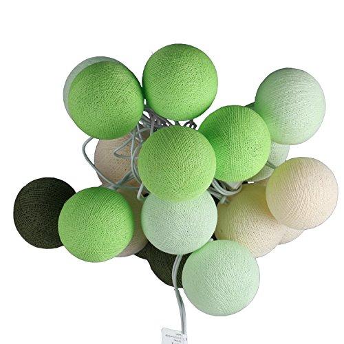 ART-CRAFT LED Stimmungs Textil-Lichterkette batteriebetrieben mit 20 handgefertigten Baumwollkugeln Leuchtfarbe weiss - creme - grün