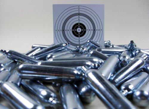 100 Umarex Softair, Airsoft Marken Co2 Kapseln 12g für Co2 Waffen + 100 shoot-club Zielscheiben mit 250 g/m² (Co2 12g Kartuschen)
