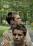 Hide Your Smiling Faces [DVD]
