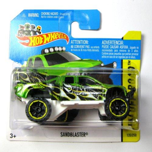 er grünmetallic-weiß 1:64 (Hot Wheels Sandblaster)