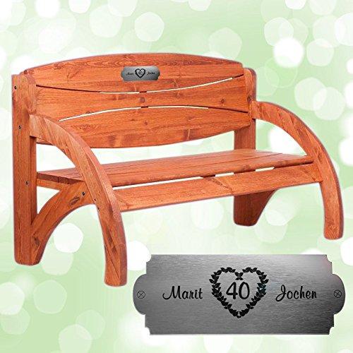 Geschenke 24: Personalisierte Gartenbank aus Fichtenholz zur Rubinhochzeit - tolles Hochzeitsgeschenk mit Gravur - schöne Geschenkidee zum 40. Hochzeitstag für Ehepaare
