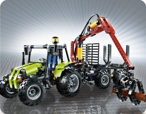 Imagen principal de LEGO Technic 8049 - Tractor con remolque para troncos [versión en inglés]