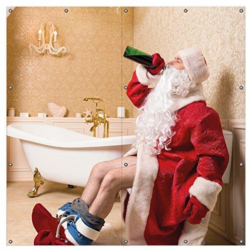 Wallario XXL Garten-Poster Outdoor-Poster - Betrunkener Weihnachtsmann mit Weinflasche auf dem Klo in Premiumqualität, für den Außeneinsatz geeignet -
