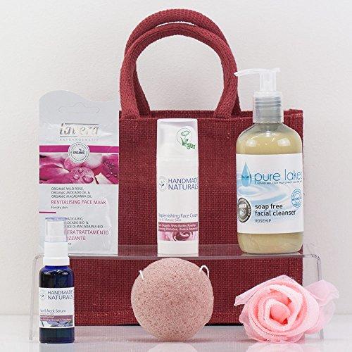 natures-paniers-rose-panier-visage-pour-peaux-seches-ou-matures-cadeaux-soins-de-la-peau-de-luxe-pou