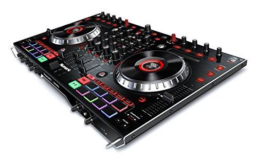 Numark NS6II - 4 Kanal-DJ-Controller für Serato DJ (im Lieferumfang) mit doppelten USB-Ports für Austausch, 2 Zoll-Farbdisplays, Standalone-Digitalmixer, 6 Zoll-Jogwheels und MPC-Performance-Pads (Dj Hercules Serato)