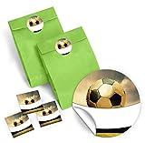12 grüne Geschenktüten + 12 Aufkleber 'Fußball' für Geschenke Mitgebseln beim Kindergeburtstag / Papierbeutel für Gastgeschenk mit Sticker