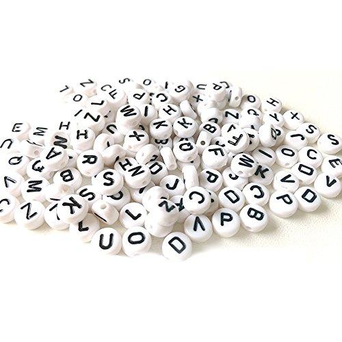 Outflower 200 Stück Acryl Rund Weiß Cube Alphabet einzelne Buchstaben Spacer Perlen A-Z gemischt 7 mm 24 Foto Cube