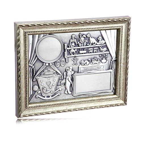 Zinnbild zur Geburt oder Taufe mit Babyzimmer in Reliefdarstellung und Silberrahmen inkl. Gravur - Antike Zinn 60