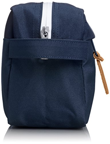 Herschel-Supply-Company-Chapter-Toiletry-Bag