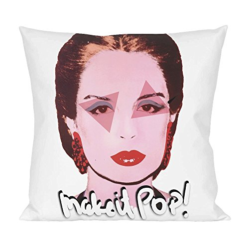 carolina-herrera-fashion-designer-pillow