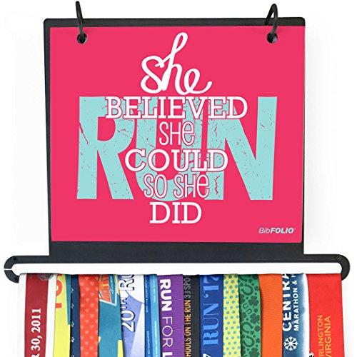 Gone For a RUN BibFOLIO Plus Race Lätzchen und Medaillen-Display zur Wandmontage, mit Aufschrift, Rose -