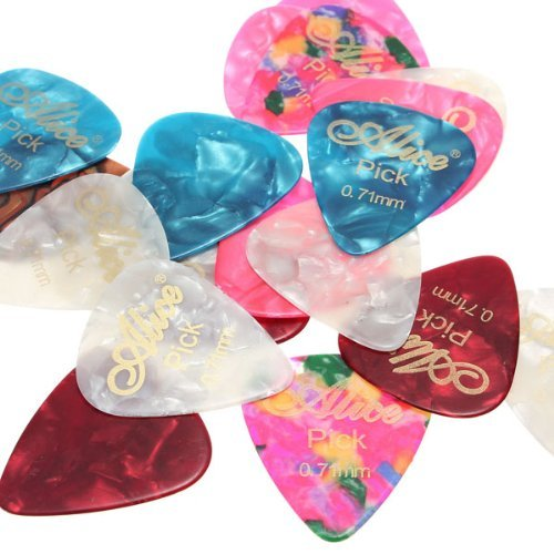 Price comparison product image FamilyMall 20pcs Stylish Colorful Celluloid Guitar Picks Plectrums 31 x 27 x 0.7mm