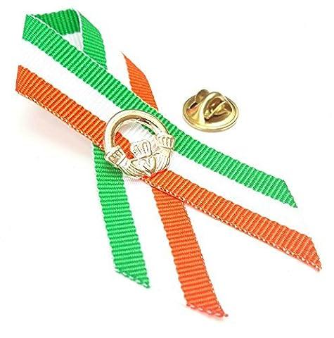 Claddagh and Ireland Colour Ribbon Irish Blessing Badge