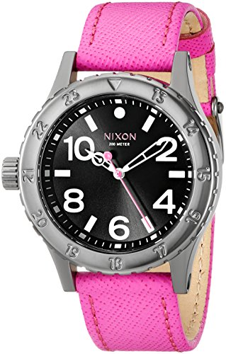 Nixon Women's A4672049 38-20 Leather Analog Display Analog Quartz Watch