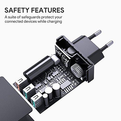 AUKEY Quick Charge 3.0 Cargador Móvil 3 Puertos 43,5W Cargador de Pared con Tecnología AiPower para Samsung Galaxy S8 / Note 8, LG, HTC, iPhone X / 8 / 8 Plus, iPad Pro/ Air, Moto G4 y más