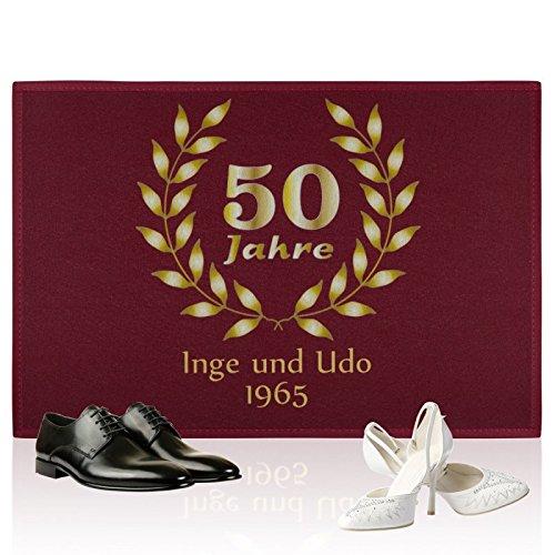 Personalisierte Fußmatte Goldene Hochzeit - Türmatte mit Namen und Jahreszahl bedrucken (Dunkelrot)