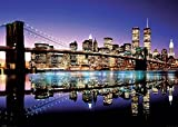 Close Up New York XXL Poster Skyline Brooklyn Bridge by Night (140cm x 100cm) + Original tesa Powerstrips® (1 Pack/20 Stk.)
