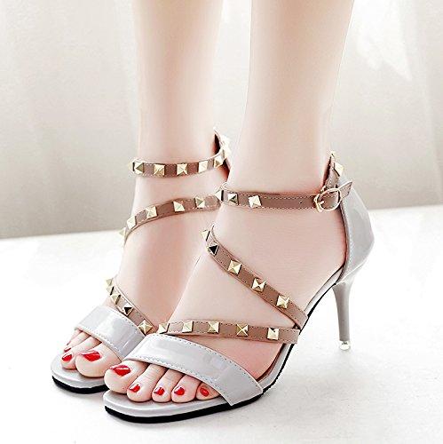 XY&GK Frau Sommer Leder Sandalen Sommer Fein mit High Heels Fashion Style Niet All-Match Frauen Sandalen, komfortabel und schön 35 grey
