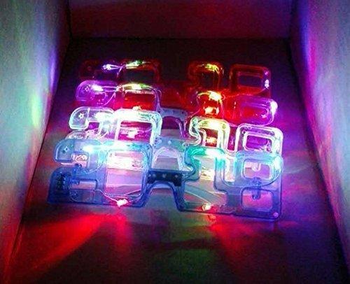 URChic 5Pcs sortierte Farben 2018 neue Jahr-LED-Glühen-Glas-Blitz-Glas-Spielzeug-Tanz beleuchten geführte blinkende Flaschen Halloween-Weihnachtsgeburtstags-Party Eyewear (Für Flaschen Kostüm Erwachsene Wein)