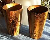 Bicchiere in legno d'ulivo