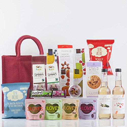 natures-hampers-luxury-gluten-free-gift-bag-gluten-free-healthy-vegetarian-vegan-treats-snacks-birth