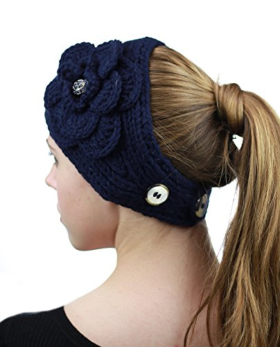 Bandeau d'hiver tricoté à la main à fleur accentuée de pierres. Produit offert par NYFASHION101. Marine