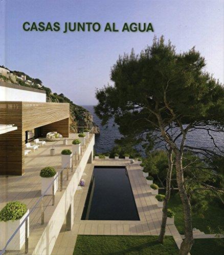 Casas Junto Al Agua