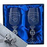 25 Aniversario de bodas de plata, Un par de copas de vino de cristal en caja de presentación con...