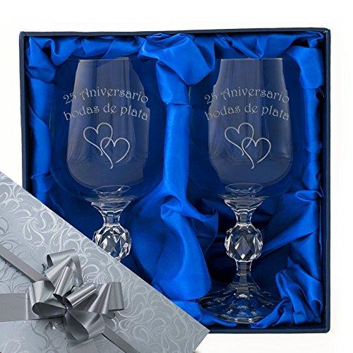 25 aniversario de bodas de plata, un par de copas de vino de cristal en una caja de presentación con forro de satén. Grabado profesionalmente. Envoltura de plata / cinta. Regalo de 25 años, presente.