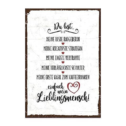 Holzschild mit Spruch – DU BIST MEIN LIEBLINGSMENSCH – shabby chic retro vintage nostalgie deko Typografie-Grafik-Bild bunt im used-look aus MDF-Holz, Schild, Wandschild, Türschild, Holztafel, Holzbild mit Zitat / Aphorismus als Geschenk und Dekoration zum Thema Freundschaft, Vertrauen und Geborgenheit von TypeStoff (19,5 x 28,2 cm)
