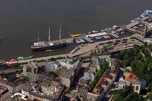 MF Matthias Friedel - Luftbildfotografie Luftbild von Johannisbollwerk in Neustadt (Hamburg), aufgenommen am 24.05.07 um 11:47 Uhr, Bildnummer: 4531-156, Auflösung: 4288x2848px = 12MP - Fotoabzug 50x75cm