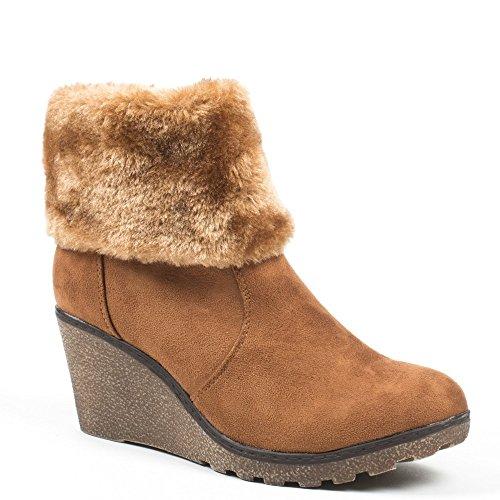 Ideal Shoes–Scarponcini compensate effetto camoscio con fourure Meva Marrone